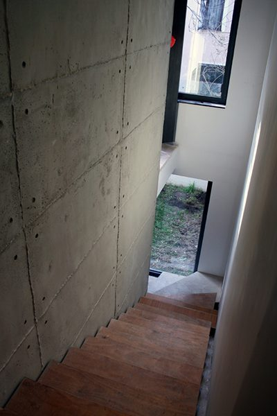 MİMARLIK OFİSİ - duvar kaplama panel giraba beton ofis tasarım merdiven boşluğu